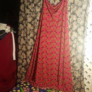 Lularoe Ladies Long Skirt Pink Size Medium